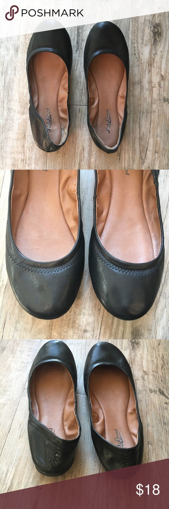 Black Lucky Brand Flats Size 7.5 Black Leather Lucky Brand Flats. Cute stitching detail around top of shoe. Size 7.5 Lucky Brand Shoes Flats & Loafers