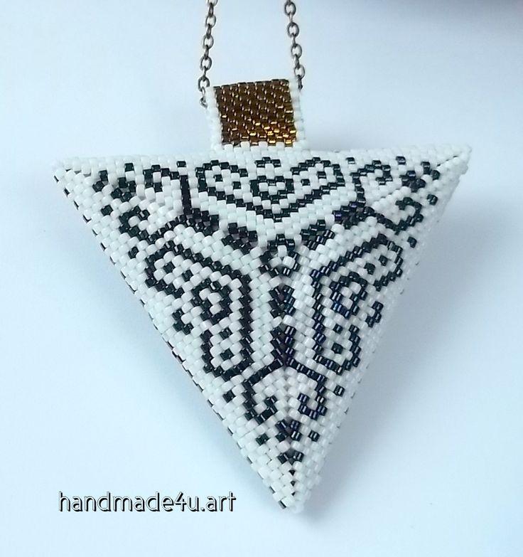 handmade4u.art : Dwukolorowy trójkąt dwustronny