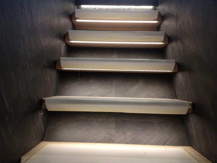 Slate Stone Veneer Tile Staricase Steps Risers And Wall