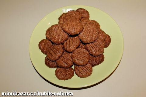 Ušleháme žloutky s cukrem a pak přidáme zbytek - heru, mouku, kokos, kakao a vanilkový cukr(jůůů - t...