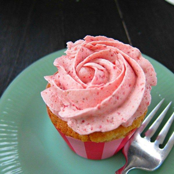 Strawberry Vanilla Cupcakes with Strawberry Swiss Meringue Buttercream