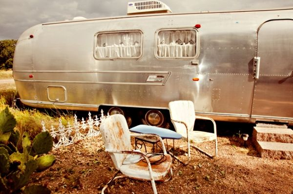 vintage airstream wedding. hey idea: rent it out for weddings , photo shoots etc
