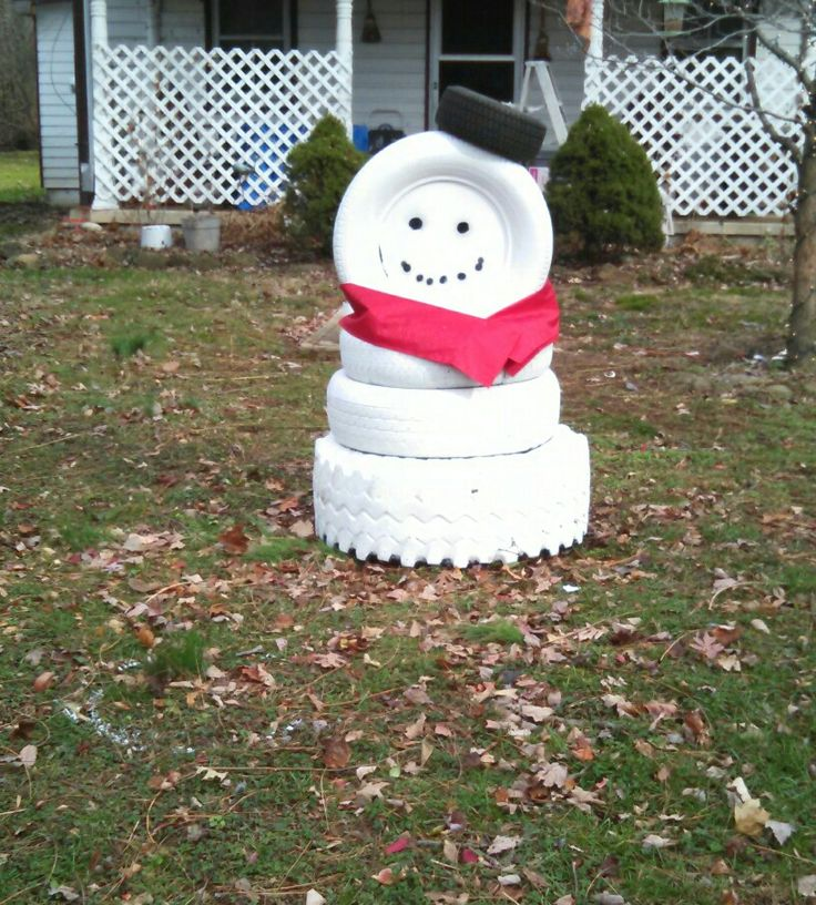 17 best images about holiday on pinterest peppermint for Snowmen made from tires