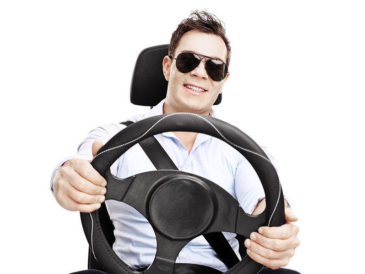 Prezent dla mężczyzny zakochanego w swoim samochodzie – pakiet usług motoryzacyjnych, który rozpieści jego auto