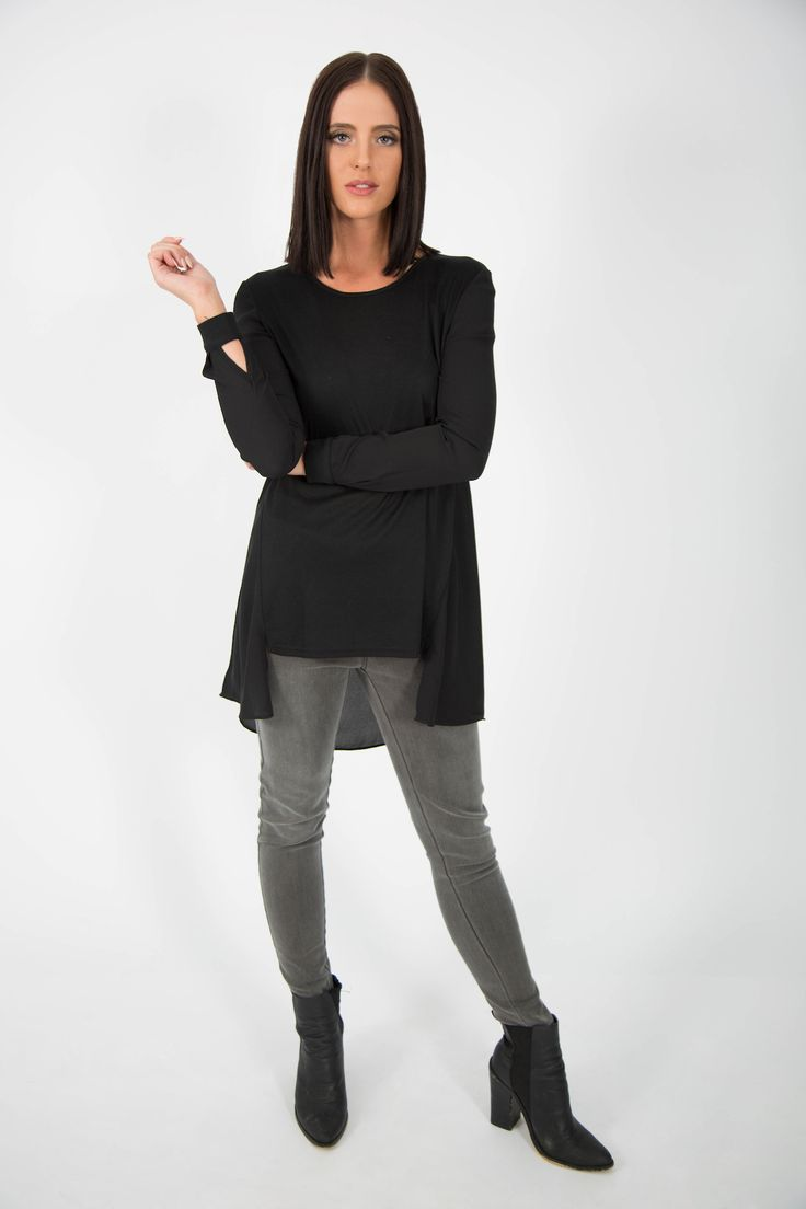 Cool #casual #style #black 3top by Ice Express. Suitable for #minimal #look or #capsule wardrobe