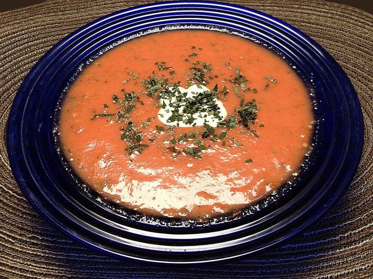 Kalte Tomatensuppe, ein schmackhaftes Rezept aus der Kategorie Gebundene. Bewertungen: 11. Durchschnitt: Ø 4,4.