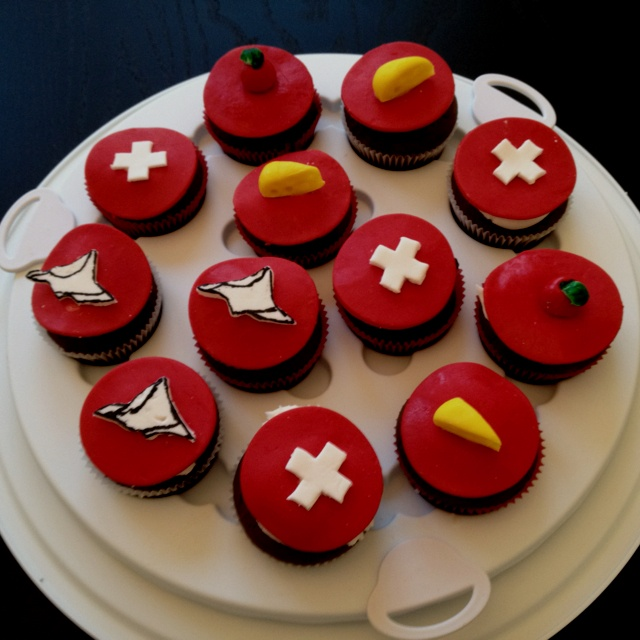 Swiss National Day Cupcakes
