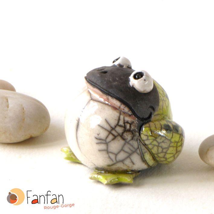 Grenouille verte en céramique Raku ***DISPO A PARTIR DU 12/11***                                                                                                                                                     Plus