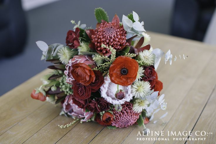 October Wedding Flowers|Destination NZ Weddings      Flowers by www.crimsonweddingflowers.com Photograph by www.alpineimages.co.nz Wedding by www.theweddingcompany.co.nz