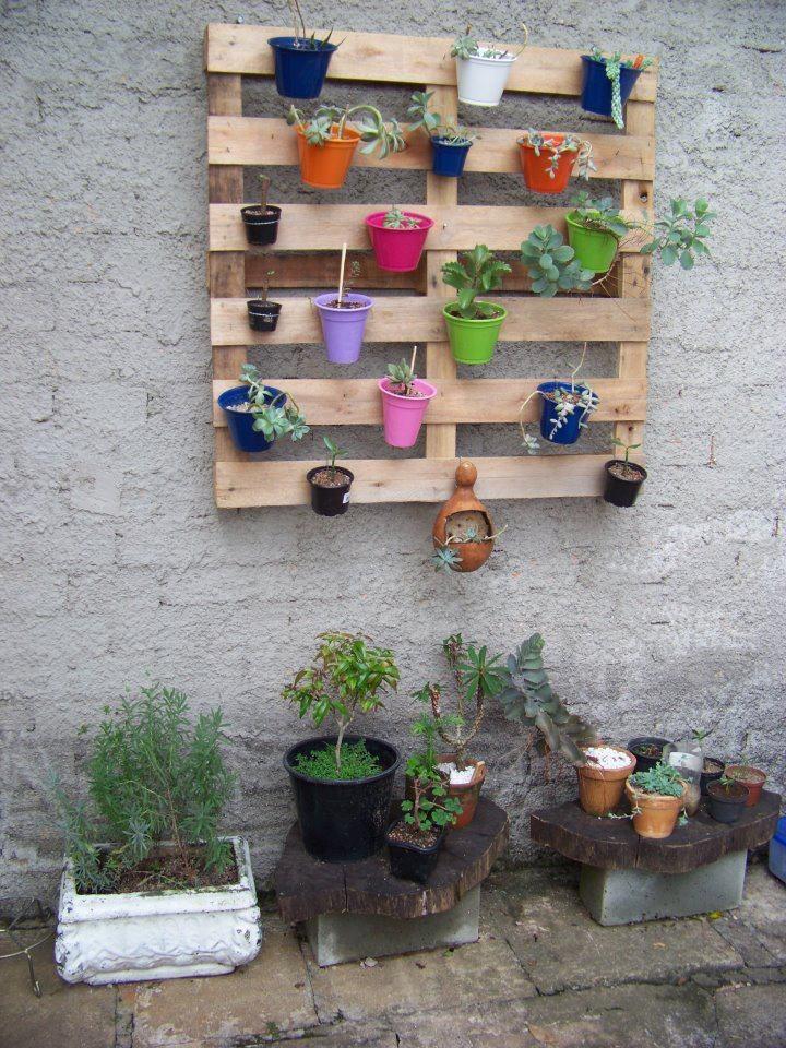 M s de 25 ideas incre bles sobre macetas para colgar en pinterest macetas para balcones bar - Macetas en la pared ...