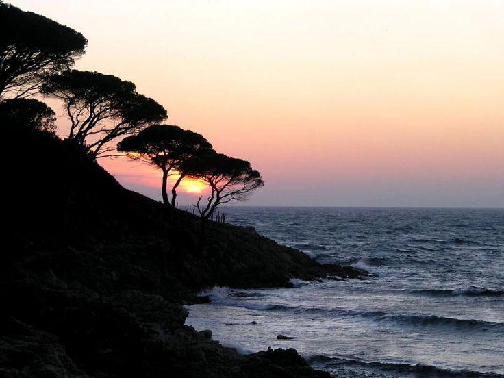 Coucher de soleil dans la région de Cavalaire, Provence