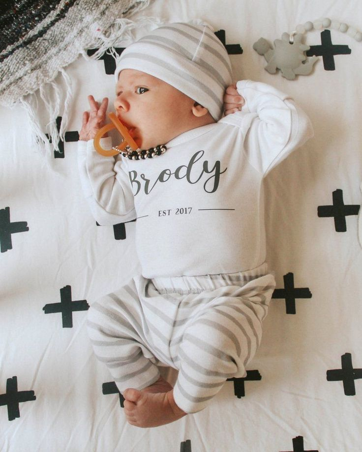 """Personalized coming home outfit for baby boy - so cute with the name and """"established"""" for the year. Grey and white french terry joggers. #SoCuteBabies"""