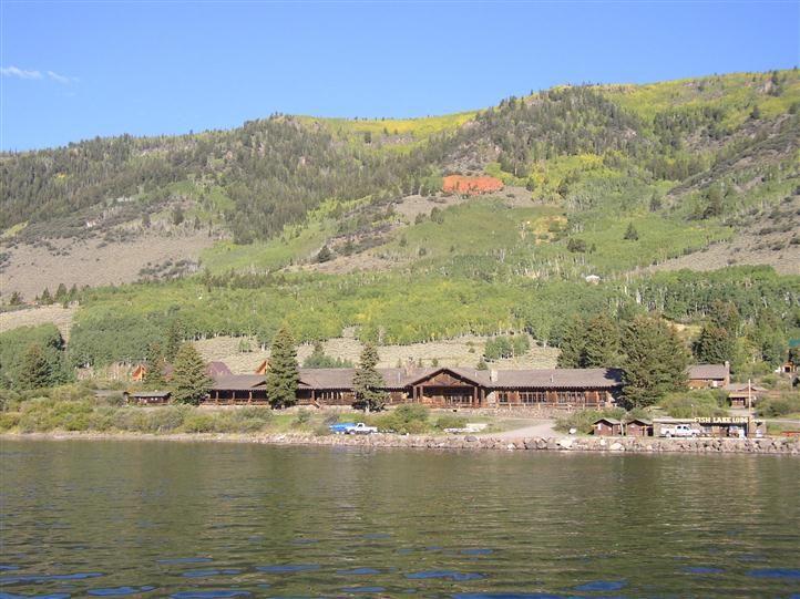 Fish lake utah utah 39 s famous fish lake year round for Fish lake utah