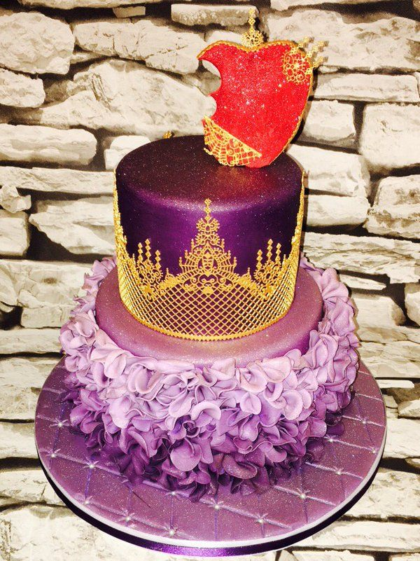 "Cakealicious Cakes on Twitter: ""Inspired by #Disney #Descendants ..."