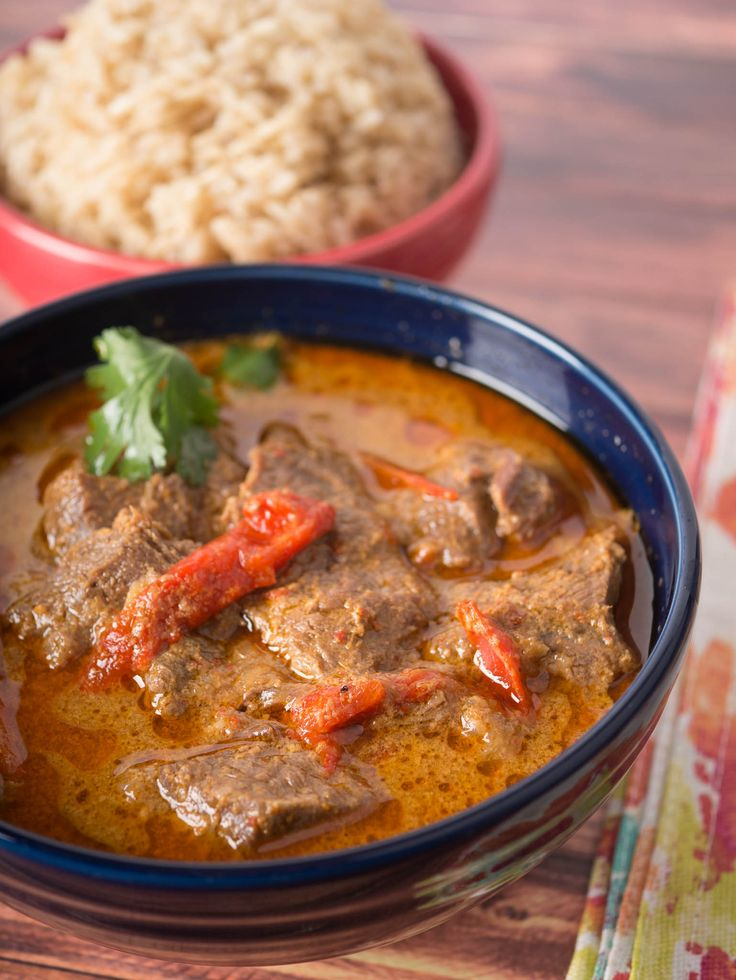 Pressure Cooker Thai Red Beef Curry recipe - spicy Thai beef in a thick curry sauce, in a hurry thanks to the pressure cooker.