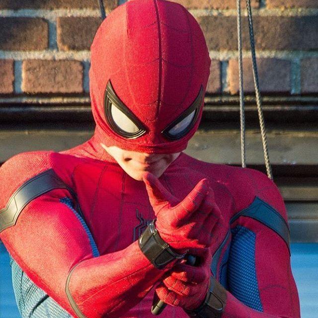 Tom Holland - Spider-Man