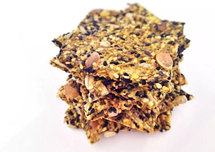 Crackers de semillas y avena Receta de Lub- Cookpad Savoury Baking, Healthy Baking, Healthy Food, Healthy Life, Healthy Crackers, Snacks Saludables, Incredible Edibles, Dehydrator Recipes, Vegan Foods