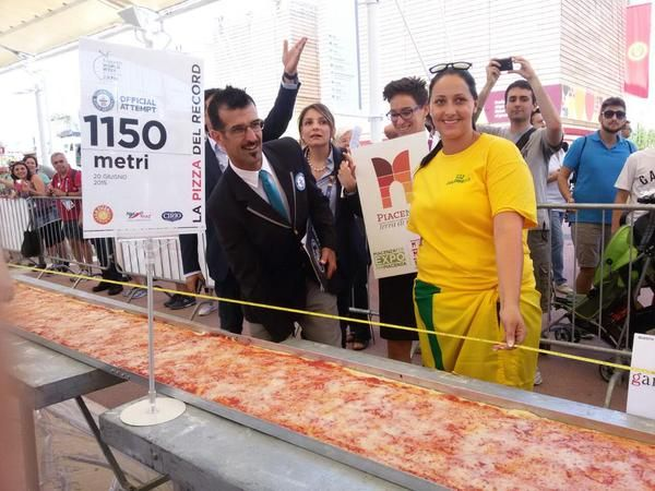 NOW #record #pizza #milano   #photo of your #pizza hashtag #Pizza4people   You are the star    #Italy #expo2015 #yummy   Expo Milano 2015 (@Expo2015Milano) | Twitter
