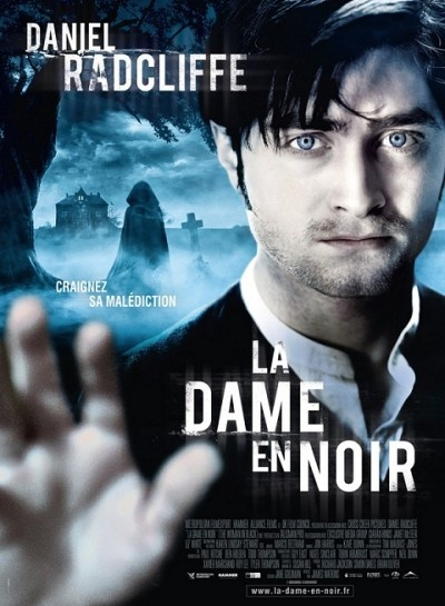 """[18] La Hammer a fait un retour remarqué en 2012 sur les écrans avec """"La dame en noir"""", un film d'épouvante classique et efficace."""