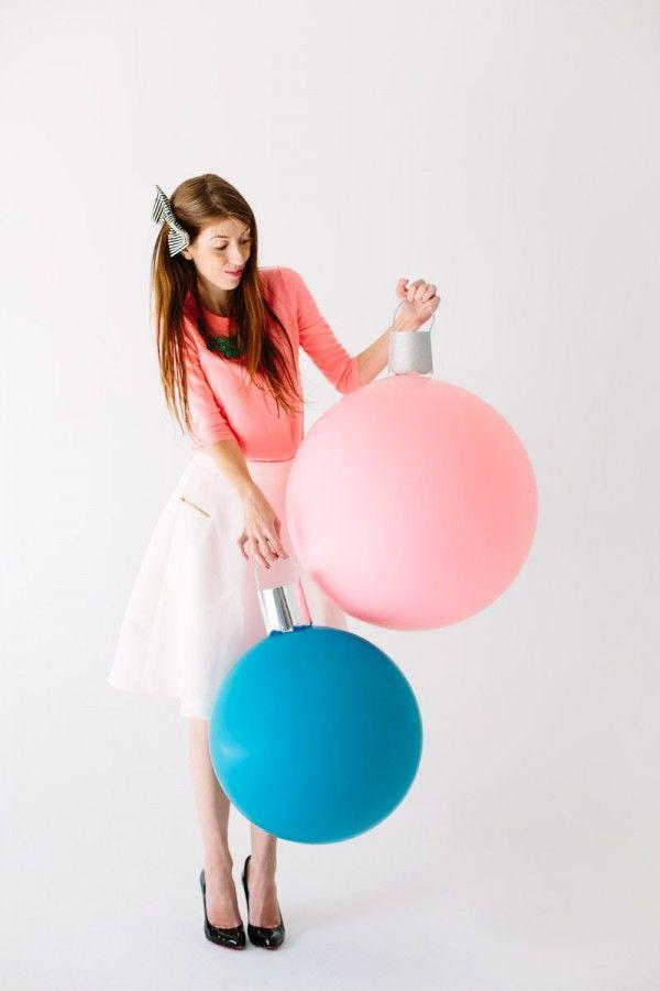 DIY Giant Ornament Balloons1