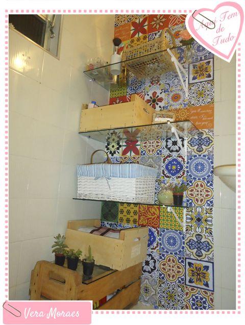 Decoração de banheiro com adesivos azulejos