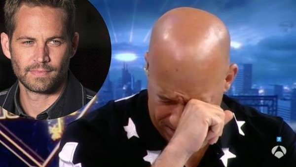 Vin Diesel se quebró en cámara al recordar a Paul Walker   Vin Diesel (49) no puede contener las lágrimas cada vez que recuerda a Paul Walker, su amigo y co-protagonista de la saga de Rápido y Furioso, qui... http://sientemendoza.com/2017/04/10/vin-diesel-se-quebro-en-camara-al-recordar-a-paul-walker/