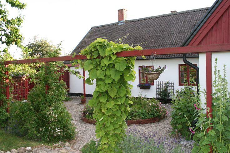 Innergård Skivarp, Skåne