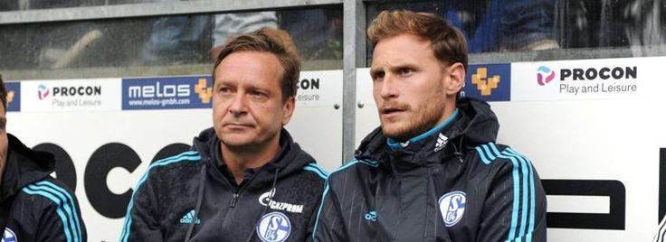 Arbeiten nur noch bis 30. Juni auf Schalke zusammen: Horst Heldt (l.) und Kapitän Benedikt Höwedes (r.).