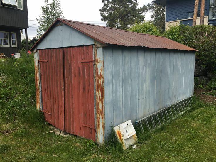 FINN – Garasje gis bort mot demontering og henting / skrapmetall