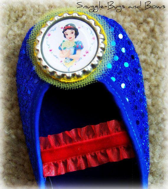 Snow White Shoes Toddler sizes 6 12 MEASURE by SnuggleBugsAndBows, $25.00.sissys costume
