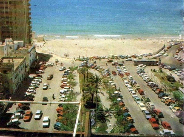 Años 80, la plaza de Ingeniero La Cierva sin el Hotel Playa.