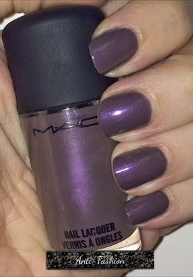 MAC nail polish in Anti-Fashion