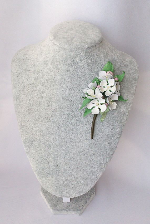 Flower brooch white leather jewelry wedding Gift for women