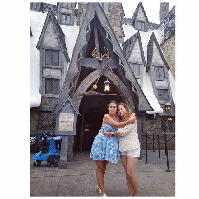 """#mommyandme #travelers #yolo #florida #orlando #vacation #memorable #livelovelaugh #collectmemories #likeforlike #dress #jimenadeviaje #travelersnotebook #travelblogger #mexicanblogger #mexican #mexicanadehuesocolorado #goplaces #fuckyeah #trip #universalstudios #harrypotter #harrypotterworld #restaurant #enjoy  #thewizardingworldofharrypotter"" by @jimenadeviaje. #pic #picture #photos #photograph #foto #pictures #fotografia #color #capture #camera #moment #pics #snapshot #사진 #nice…"