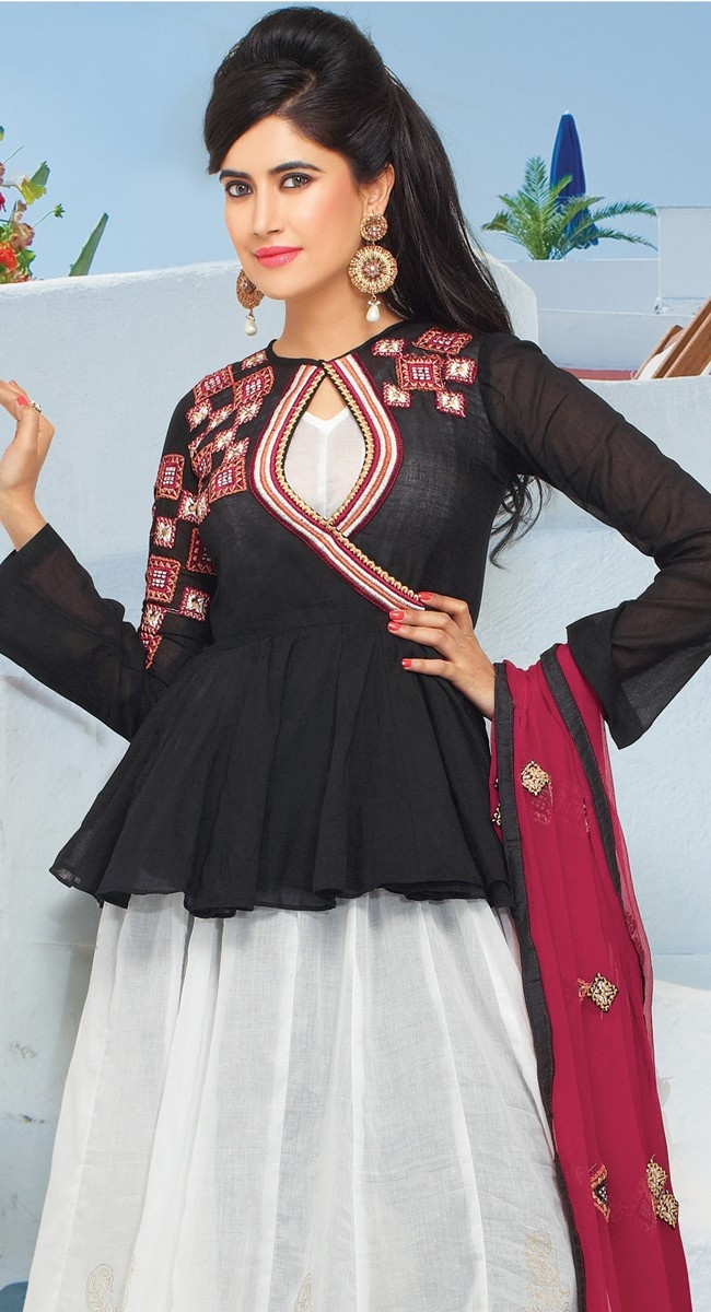 essay on my favourite dress salwar kameez