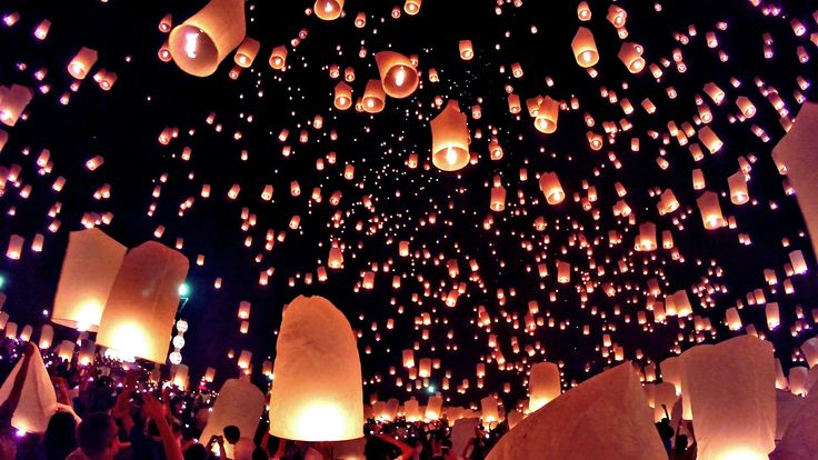 Not a bad view: Thailand's festival of sky lanterns. Is it on your #BucketList? https://www.youtube.com/watch?v=glbveoD18kc https://www.youtube.com/watch?v=glbveoD18kc
