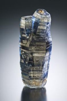 Corundum var.Sapphire - Kataragama, Moneragala District, Uva Province, Sri Lanka Size: 5.5 x 2.2 x 2.0 cm