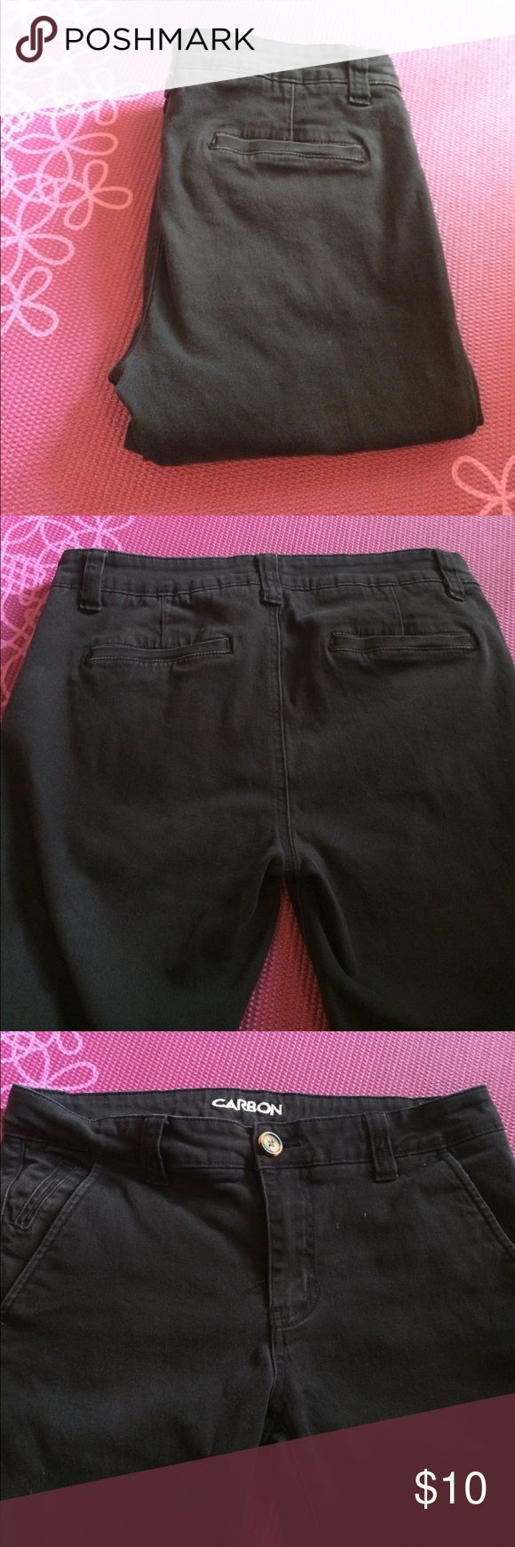 CARBON® men's slim jeans In good used condition. Slight discoloration. Size 30/32 CARBON Jeans Slim