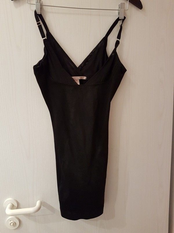 Figurformendes UnterKleid mit Push-Up-Effekt und Höschen mit Verschluss (M) von Victoria's Secret