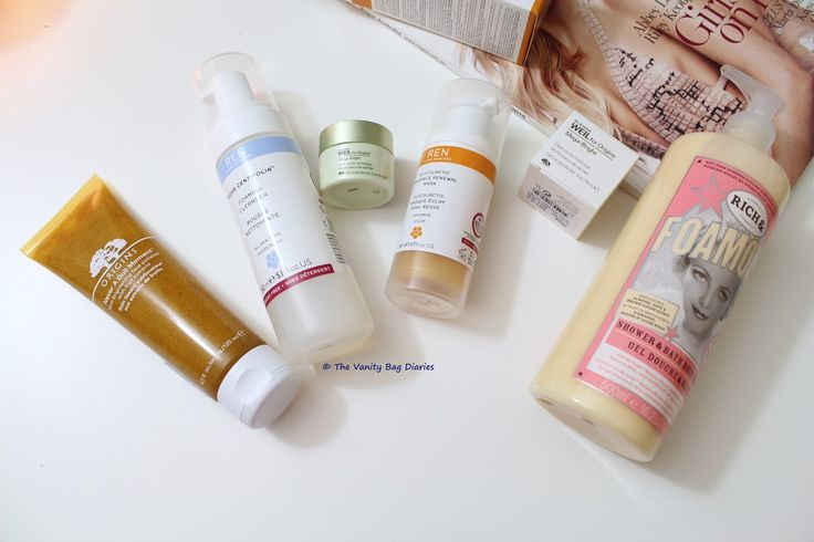 Hi guys, Haul time ! Haul time ! YAY !!I am so excited about this haul, I shopped at Mecca Maxima and Lush and have some goodies to share. I am very happy with my purchase and so excited to try all this.  Mecca Maxima goodies (From L to R)Origins Never a Dull Moment Skin - Brightening Face Polishe
