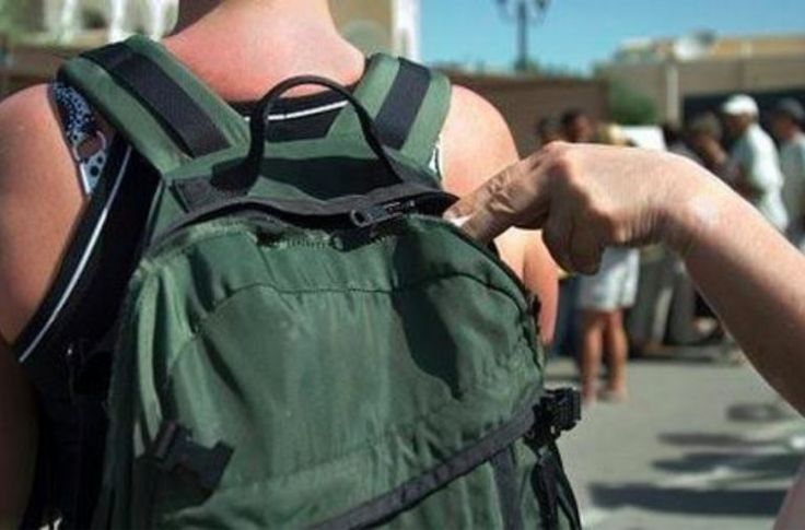 40 arnaques qui visent les touristes à connaître avant de partir en vacances