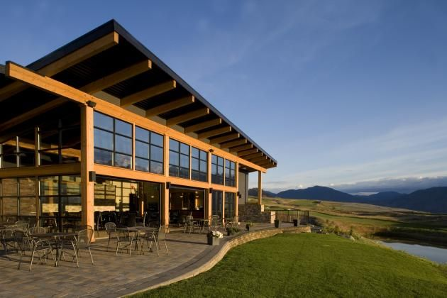 Tobiano Golf Clubhouse by a|k|a Architecture | CONTEMPORIST