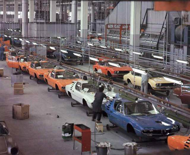Early 70's Bertone assembly line with Alfa Romeo Montreal and Fiat Dino - nice, those coloured Montreals!