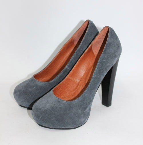 Обувь Серые замшевые туфли на скрытой платформе