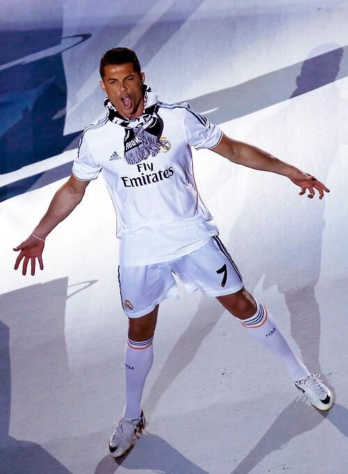 "..._CRISTIANO RONALDO/ FIFA BALLON D´OR 2014/ ""I hope not to stop here & continue to win."" / Best celebration"