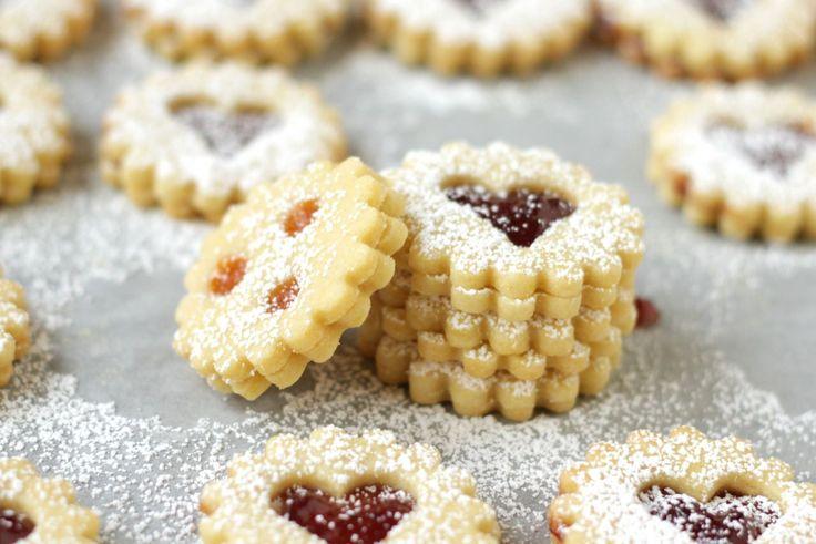 Traditional Austrian Linzer Cookies ~ Living on Cookies