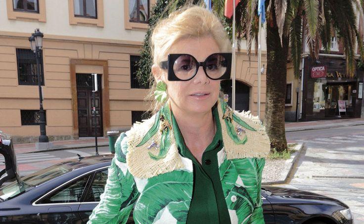 Elena Ochoa luce su original estilo