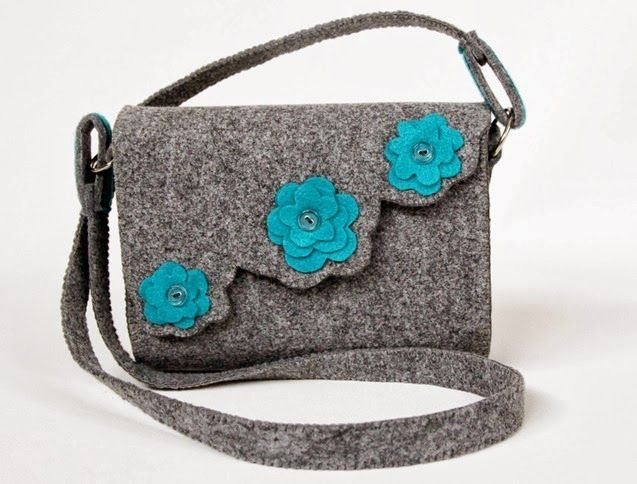 Three little blue flowers... - elegant felt bag