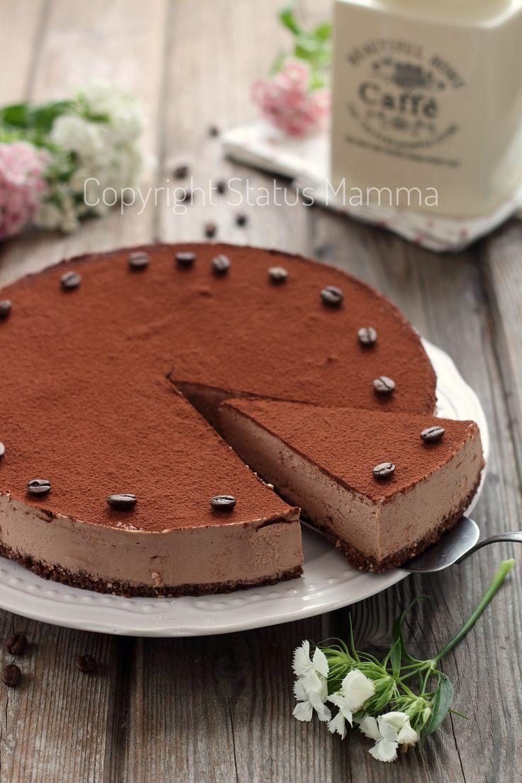 Torta fredda facile e golosa con un mix cremoso allo yogurt cioccolato e mascarpone, ricetta con e senza bimby.
