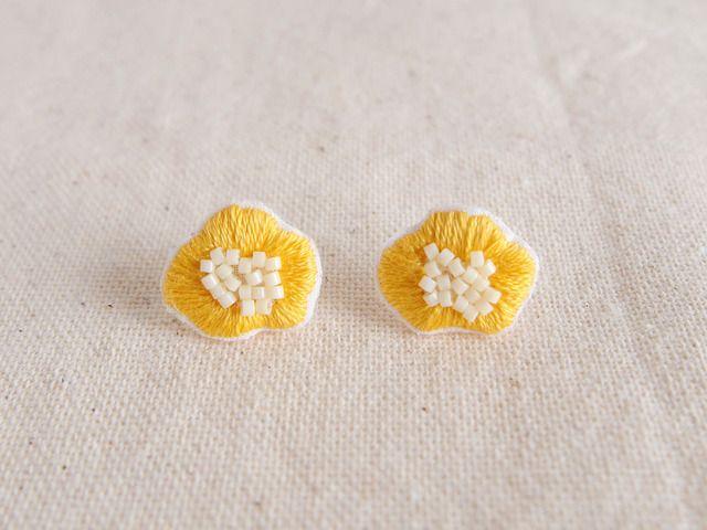 ハンドメイドマーケット minne(ミンネ)  flower pierce&earring